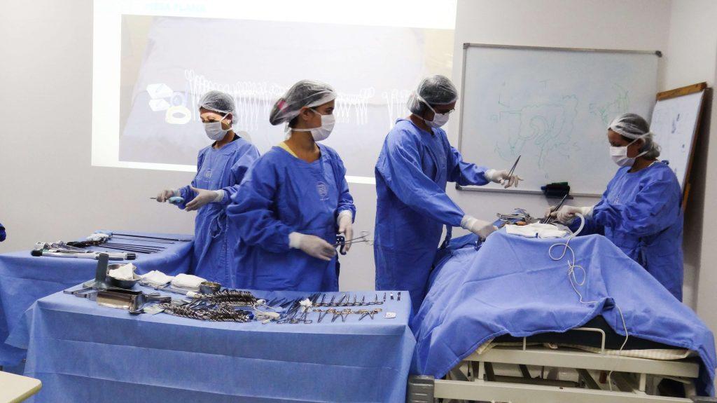 Curso de Enfermagem e Instrumentação Cirúrgica