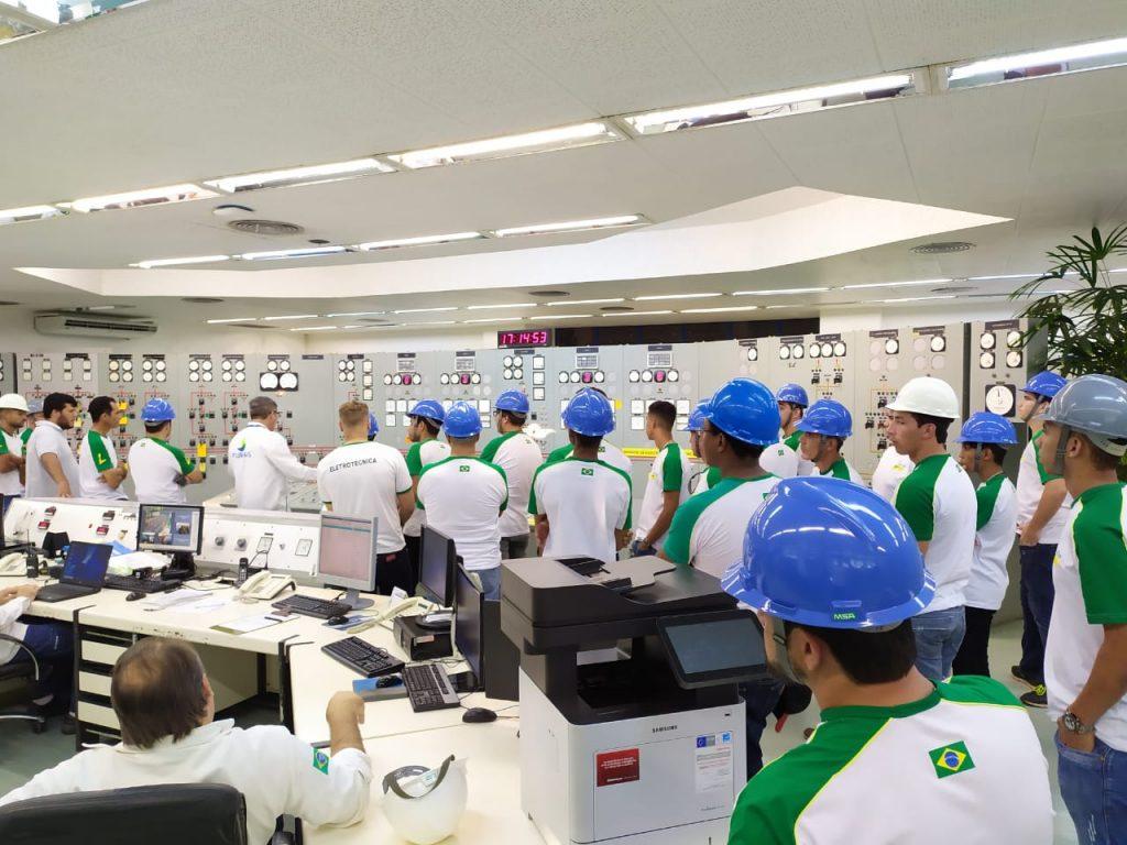 Parceria entre furnas e LiceuTec promove visita técnica aos alunos na Usina Hidrelétrica de Porto Colômbia