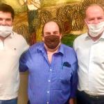 O ilustre professor e pesquisador Paulo Cruvinel visita os diretores do LiceuTec